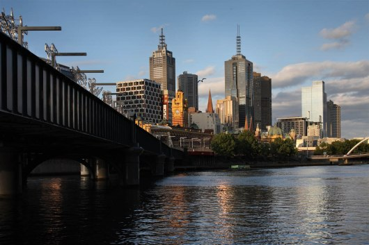 Australia, Victoria, Melbourne, Yarra River and downtown