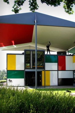 Switzerland, Zurich, Weber House, Le Corbusier, 1964