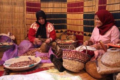 marocco, essaouira, olio di argan coop di donne