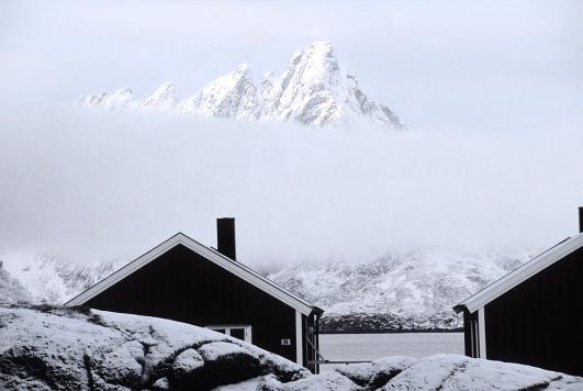 Norway, Lofoten Islands, rorbuer, fisherman houses